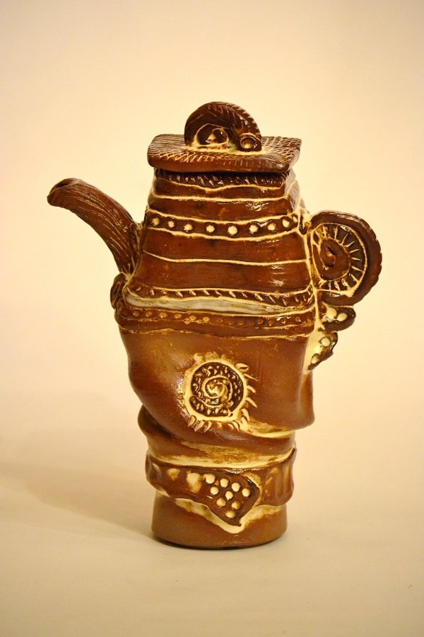 Sculptural teapot